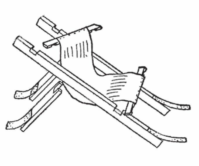 图4 折叠椅雪橇上面的椅子
