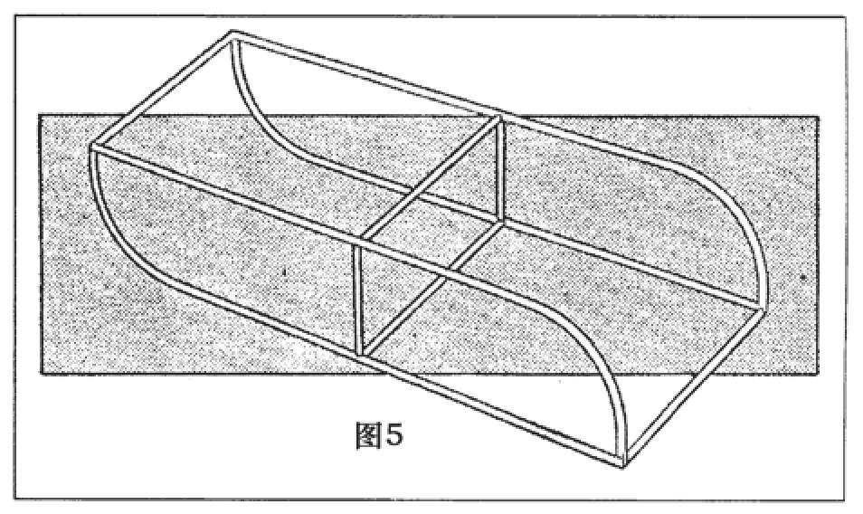浮舟框架表面覆盖浸过石蜡的纸张