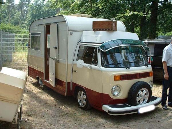 甚至可以将一辆旅行拖车和T2嫁接起来,典型的非官方魔改