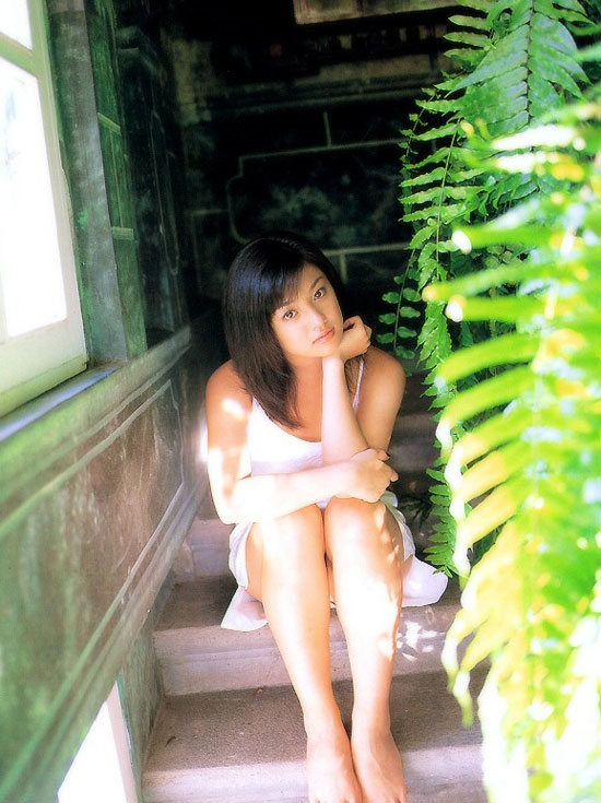 【写真集】深田恭子 - 「瞳。」