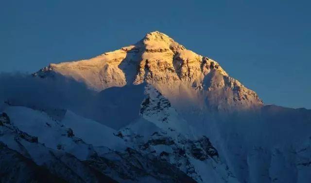 贝爷23岁征服埃佛勒斯峰,这个记录至今无人打破