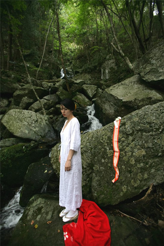 小岛可奈子-隠花な被写体