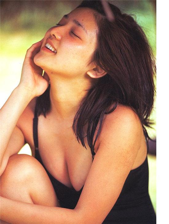 水泽亚纪写真集 AKI MIZUSAWA 1975-1995