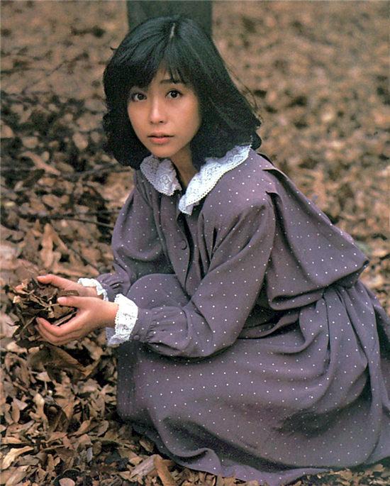 石井叶子 Megumi Ishii