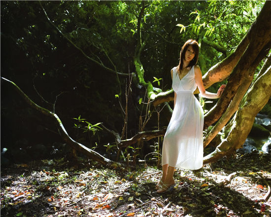 莉亚·迪桑(Leah Dizon)艺术写真