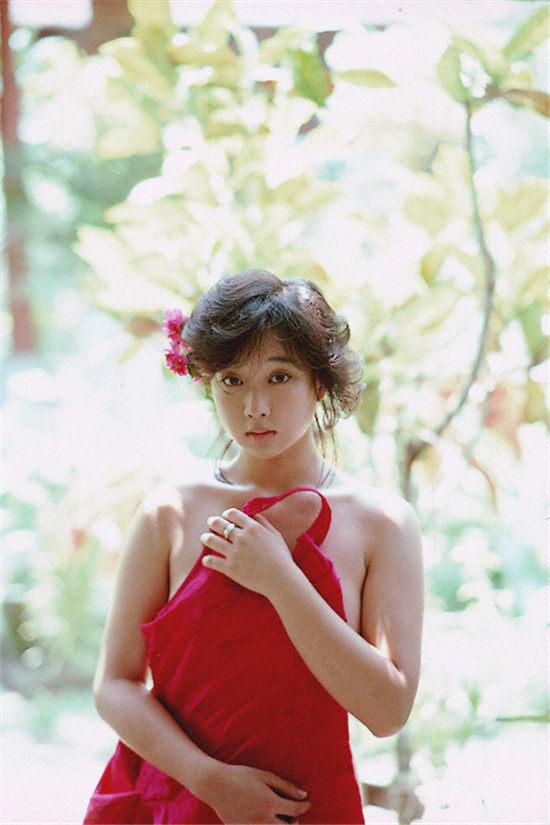 MAIKO KAWAKAMI―川上麻衣子写真集