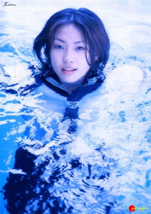 井上薰《かおる 17歳》