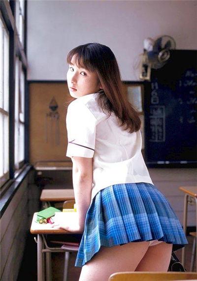 山咲亞香里 Akari Yamazaki
