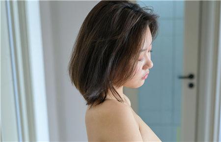 韶姗《五斗橱前的美女》 metcn相约中国