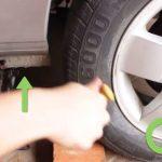 如何更换轮胎