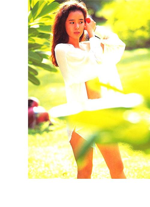 浅野愛子写真集《愛子》